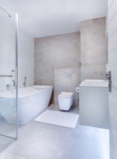 Zuhanykabin vagy fürdőkád?